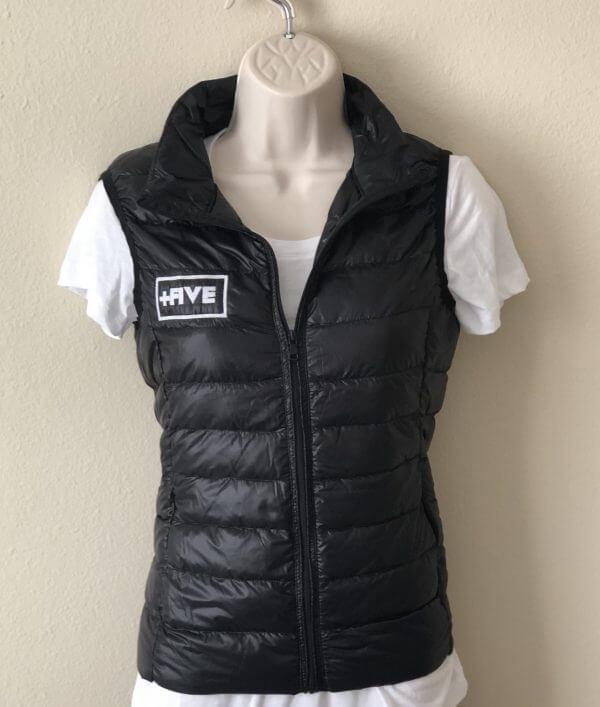 '+five youth vest - plus five apparel - 2021