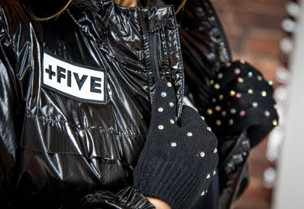 Shinyhandz all over gloves - plus five apparel - 2021